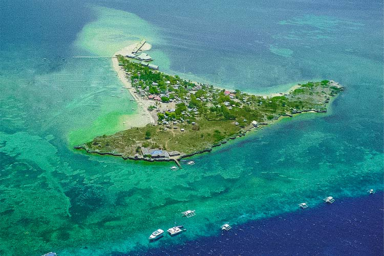 An aerial view of the Hilutungan Island.